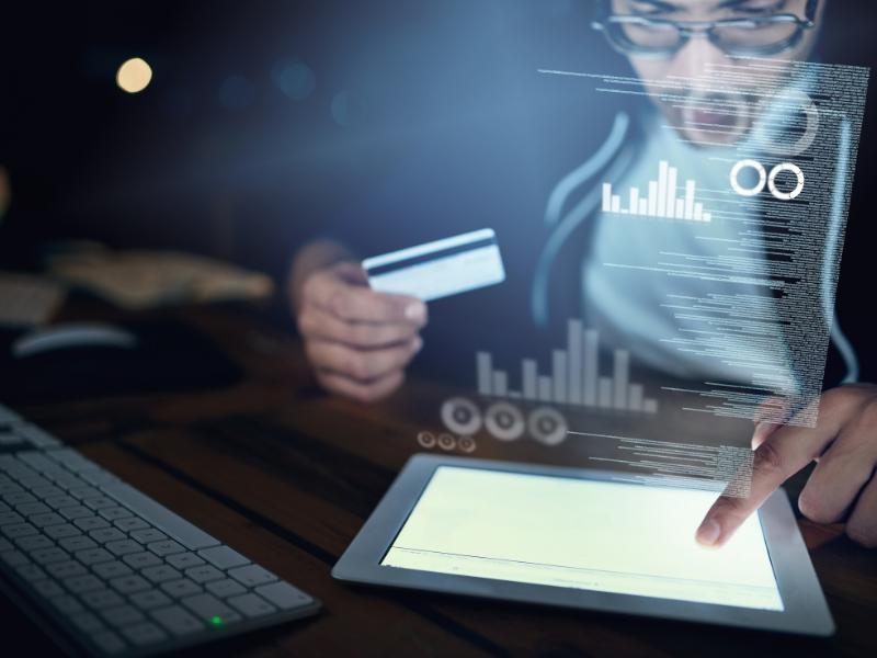 Cómo actuar ante los fraudes por duplicación de tarjeta de crédito